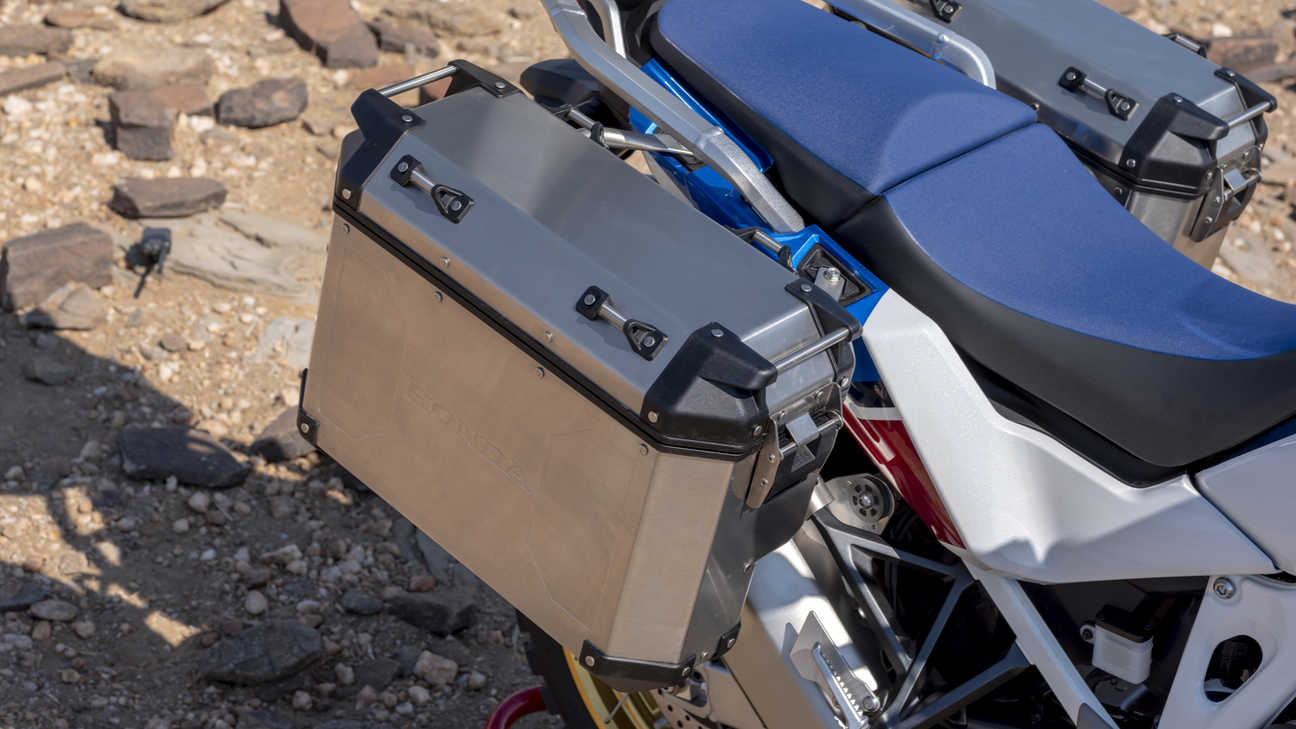 Honda Africa Twin Adventure Sports, zoom nas malas laterais